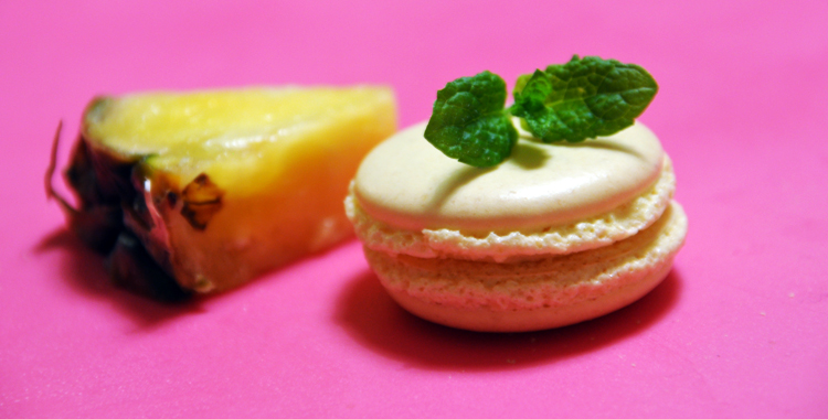 Pineapple and mint macaron